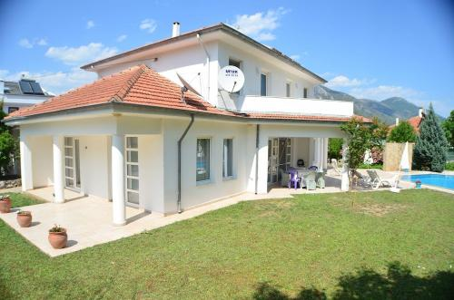 Villa Kismet by Turkish Lettings