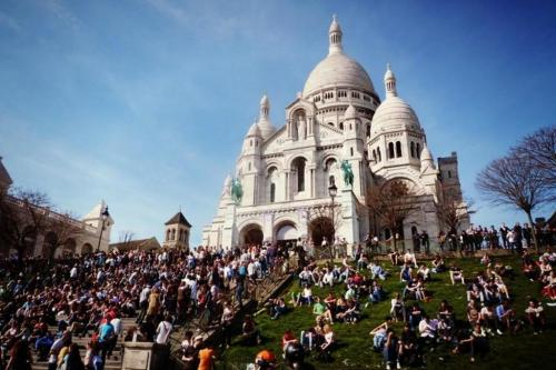 Le Montclair Montmartre by Hiphophostels,