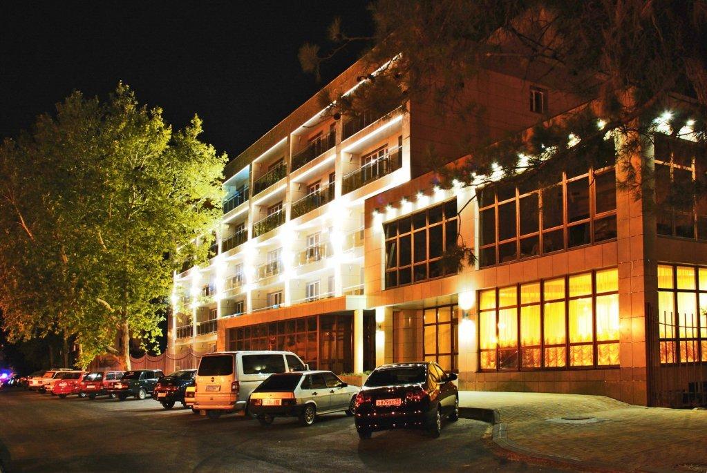 гостиница де ла мана анапа фото только вылезет кто-нибудь