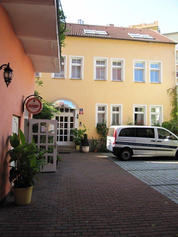 прага отель амадеус фото про