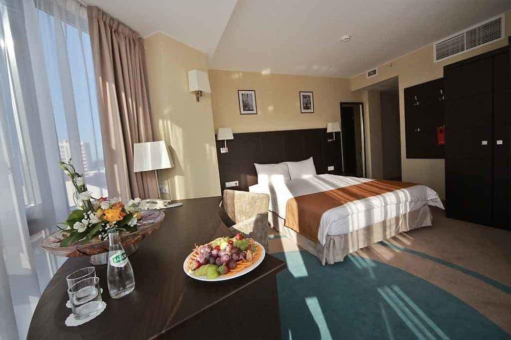 тому остекленная гостиница балтия картинки можете изменять фото