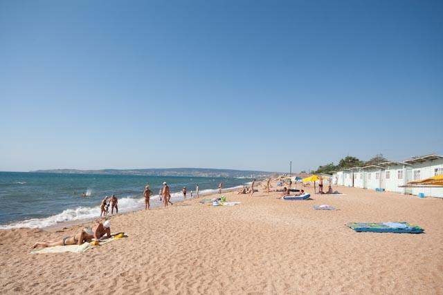 пляж золотой феодосия фото