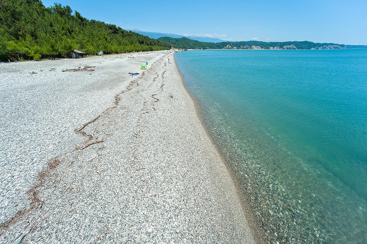 части съел, лдзаа пляж в абхазии фото подняла