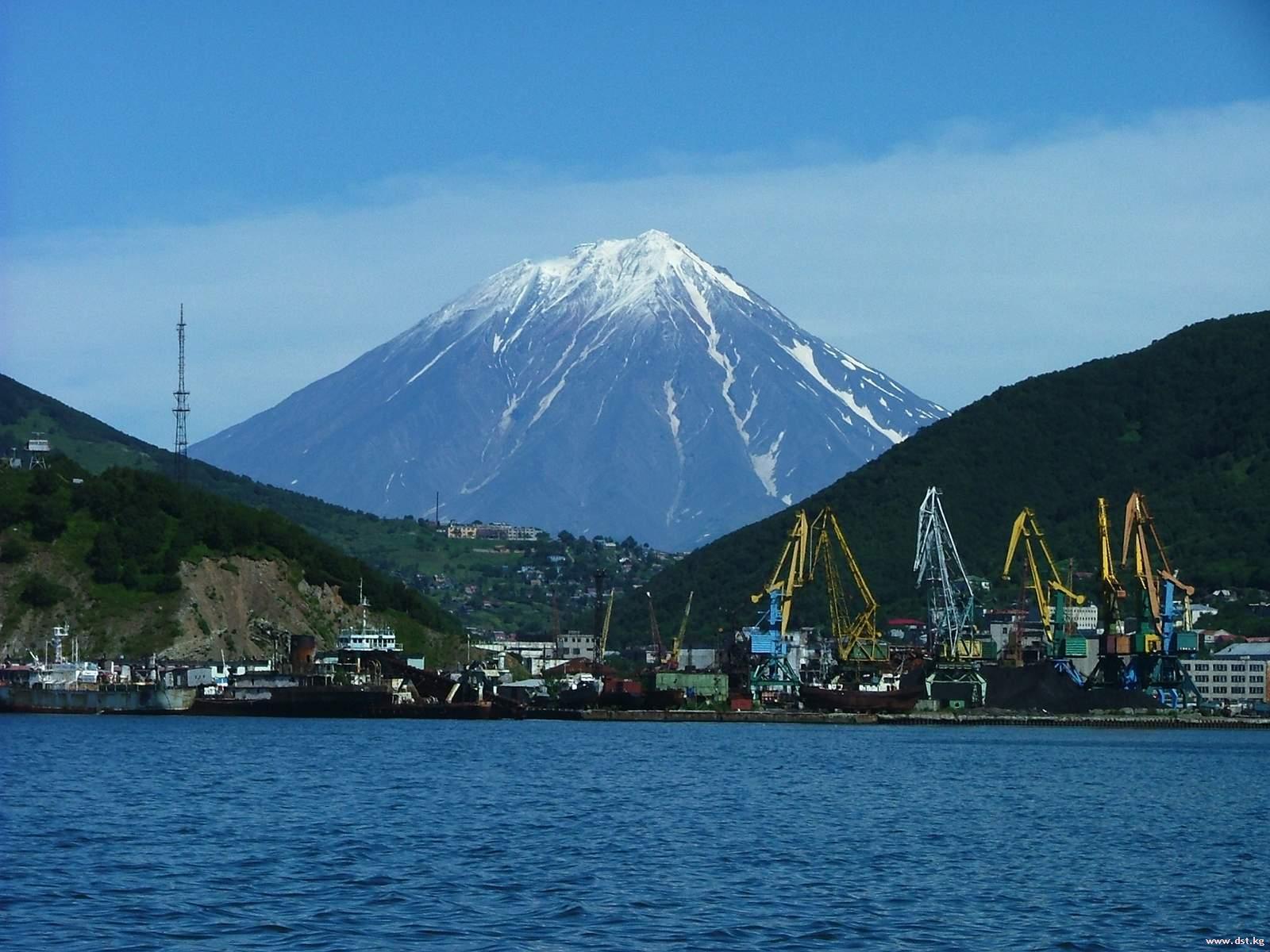 Вулкан Северный